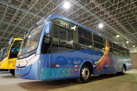 MERCEDES BENZ PROMOVE TEST DRIVE DE CAMINHÕES ECONFORT NO SANTA ROSA TRUCK  SHOW Imagens