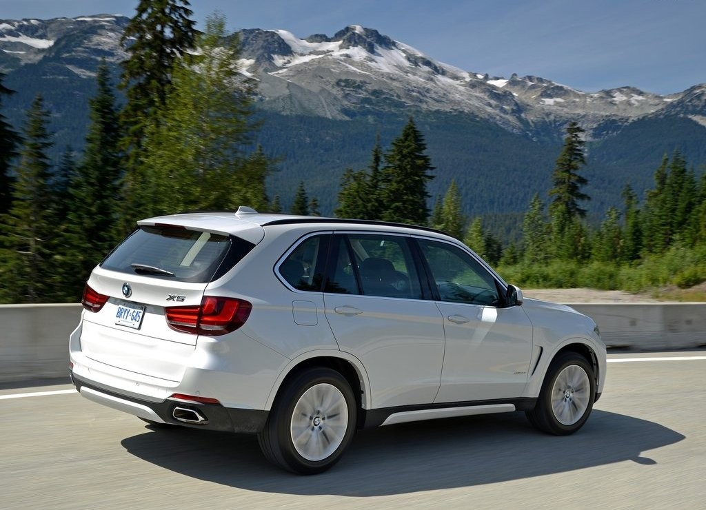 BMW INICIA VENDAS DO BMW X5 xDrive35i