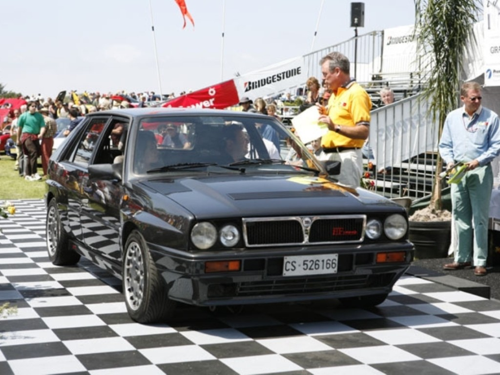 http://planetcarsz.com/assets/uploads/images/VEICULOS/L/LANCIA/1989_LANCIA_DELTA_INTEGRALE_HF/LANCIA_DELTA_INTEGRALE_HF_1989_01.jpg