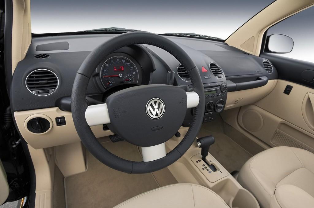 Imagens de carros volkswagen new beetle planetcarsz for Interieur new beetle